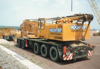 HOCHTIEF  Demag TC 280